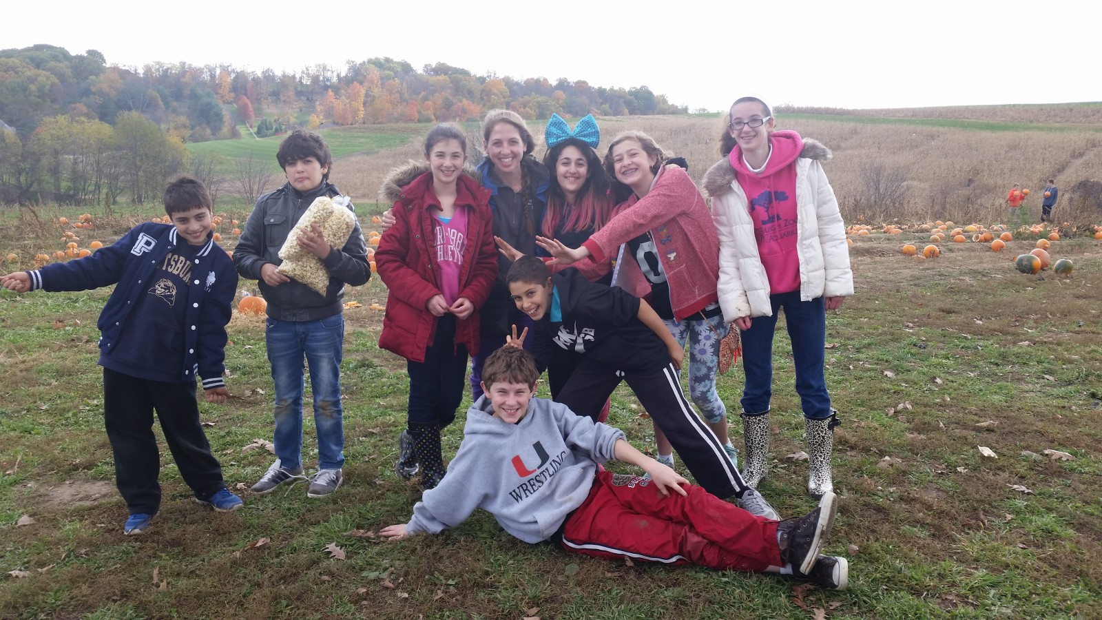 Kadima trip to Simmons Farm, Oct 2015